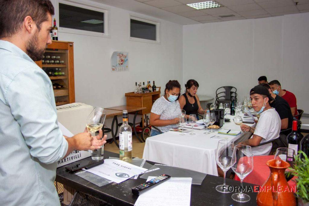 visita del alumnado de la Escuela de Hostelería de FORMAEMPLEAN a bodega